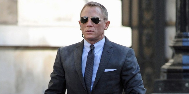 Product placement in pictures: Skyfall