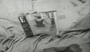 Elle magazine in A bout de souffle (1960, UGC, screen capture)