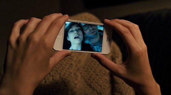 iPhone in Begin Again (2013, Sycamore Pictures, screen capture)