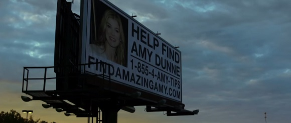 FindAmazingAmy in Gone Girl (2014, 20th Century Fox, screen capture)