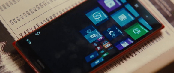 Nokia in Jack Ryan: Shadow Recruit (2014, Paramount, screen capture)