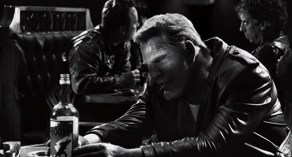 Booze from Sin City: A Dame to Kill For (2014, Dimension Films, screen capture)