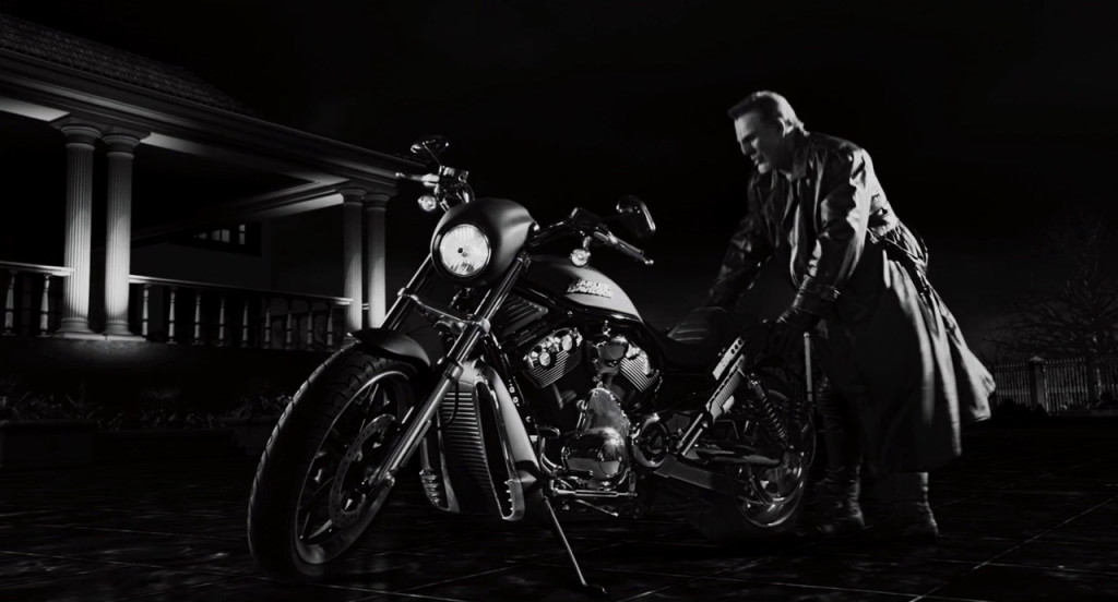 Harley Davidson from Sin City: A Dame to Kill For (2014, Dimension Films, screen capture)
