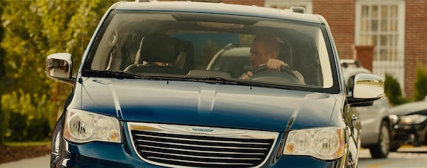 Chrysler in Furious 7 (2015, Universal, screen capture)