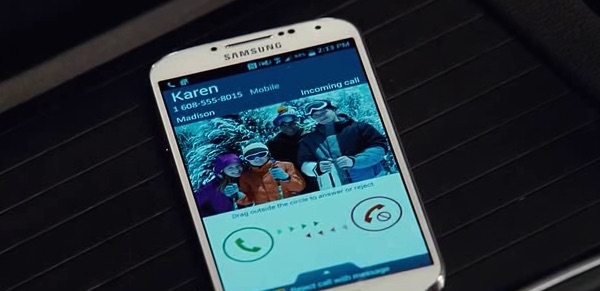 Samsung in Jurassic World (2015, Universal, screen capture)