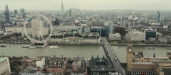 London in Spectre (2015, MGM and Columbia, screen capture)