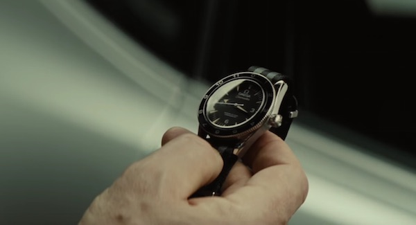 Omega Seemaster 300 in Spectre (2015, Sony Pictures and Columbia, screen capture)