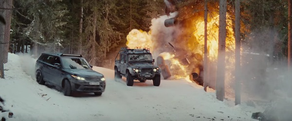 Range Rover and Land Rover defender in Spectre (2015, Sony Pictures and Columbia, screen capture)