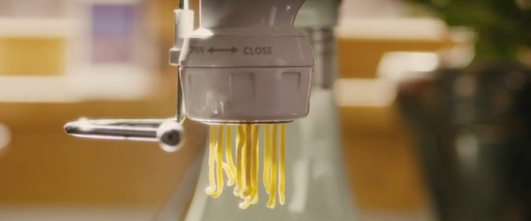 KitchenAid pasta press in Master of None (2015, Netflix, screen capture)